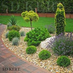 17 easy diy backyard landscaping on a budget 00016 Landscaping With Rocks, Modern Landscaping, Front Yard Landscaping, Landscaping Ideas, Backyard Garden Design, Garden Art, Garden Types, Garden Planning, Garden Projects