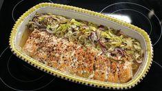 Helstekt laks med rosépepper, løksalat og rotfruktmos Ciabatta, Lasagna, Food Inspiration, Main Dishes, Food And Drink, Beef, Fish, Ethnic Recipes, Dinner Ideas
