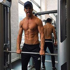 #MaleModel & #Gent @riverviiperi #lifts in #Gents #Champion #Baseballcap . Take note. #GentsCo #menswear #mens #mensfashion #men #mensstyle #menfashion #menstyle #fashionmen #model #fashion #style #hat #cap #fitness #lift #NYModel #workout #mensfitness #fit #fitmen