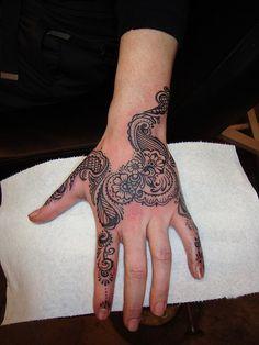 Melissa's hand henna style tattoo Sarah de Azevedo @ Oni Tattoo