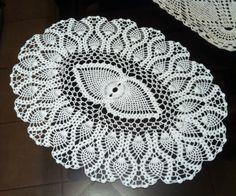 D-17. Pineapple crochet doily / White Doily / by onestroke08