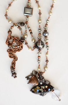 Boho necklace/shabby chic jewelry/boho/sundance style/sundance/faux pearl/faux pearl necklace/heart/heart necklace/indie/vintage style/mica