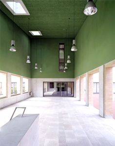 Beautiful interiors of a primary school / Gähler Architekten