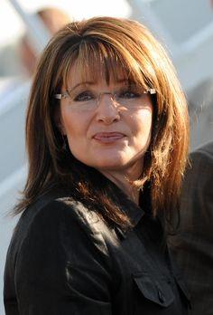 Sarah Palin Sarah Palin The post Sarah Palin appeared first on Beautiful Daily Shares. Toddler Haircuts, Haircuts For Long Hair, Haircuts With Bangs, Girl Haircuts, New Glasses, Girls With Glasses, Ladies Glasses, Medium Hair Cuts, Short Hair Cuts