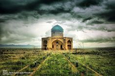 The Molla Hassan Kāshi Mausoleum, Zanjan The Molla Hassan Kāshi Mausoleum (Persian: آرامگاه ملاحسن كاشي) is a free-standing isolated edifice located 2.5 km to the south of Soltaniyeh, Iran. This 16th-century mausoleum was built during Shah Tahmasp I, to honor Molla Hassan Kāshi, a 14th-century mystic whose recasting of Islam's historical sagas as Persian poetic epics unwittingly had a vast influence over Shia Islam's future direction.