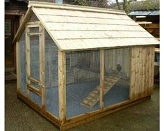 Twigss Rabbit Lodge - - Rabbit Houses - by Granddad Rob Love this stye!Airy and gives them freedom. Rabbit Habitat, Rabbit Enclosure, Tortoise House, Bunny Hutch, Bunny Cages, Rabbit Run, Duck House, Rabbit Hutches, Pet Cage