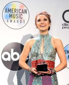 Lauren Daigle at the American Music Awards 😍 Lauren Daigle, American Music Awards, Beautiful Gorgeous, Abs, Crunches, Abdominal Muscles, Killer Abs, Six Pack Abs