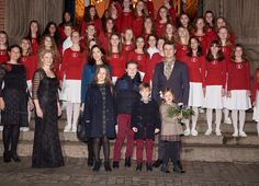 Mary atmospheric Lucia celebration with children | Swedish Women's Weekly
