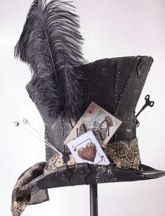 "SteamPunk ""Mad Hatter"", Alice in Wonderland Inspired Top Hat - Modern Dark Alice In Wonderland, Alice In Wonderland Costume, Wonderland Party, Alice In Wonderland Steampunk, Steampunk Hut, Steampunk Fashion, Steampunk Cosplay, Larp, Mad Hatter Costumes"
