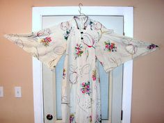 Vintage Caftan Dress / White Floral Maxi Dress / Angel Sleeves Dress / David Brown Dress Size SMALL