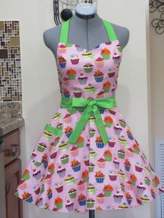 Sweetheart Hostess ApronCupcakes on PinkFull of by AquamarCouture, $37.00