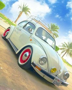 Best classic cars and more! Fusca German Look, Vespa, Carros Retro, Vw Rat Rod, Bug Car, Best Classic Cars, Vw Volkswagen, Car Images, Vw Beetles