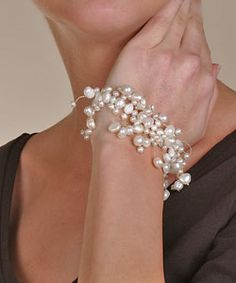 An elegant bracelet for any occasion, this strand features cultured freshwater pearls in various shapes and sizes.