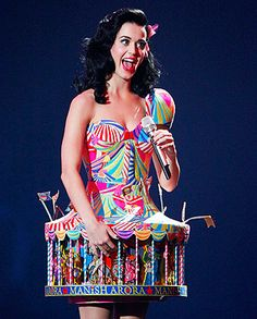 Katy Perry media gallery on Coolspotters. See photos, videos, and links of Katy Perry. Katy Perry Kostüm, Katy Perry Dress, Crazy Dresses, Crazy Outfits, Ugly Dresses, Disfraz Katy Perry, Lady Gaga, Shakira, Rihanna