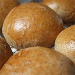 Here's an entire list of low sodium breads. PERFECT! Now we need a bread machine!  Whole Wheat Bread Machine Recipe for homemade hamburger and hot dog buns right from your home kitchen.