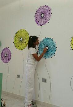 "Disegno a parete. ""I soffioni"" (tarassaco). Acrilico. By Annalisa Tombesi"