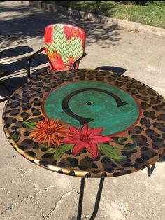 "Fantastic ""patio furniture sets"" info is readily available on our site. Have a look and you wont be sorry you did. Funky Furniture, Furniture Projects, Furniture Makeover, Home Projects, Painted Furniture, Lawn Furniture, Refurbished Furniture, Cowhide Furniture, Outdoor Furniture"
