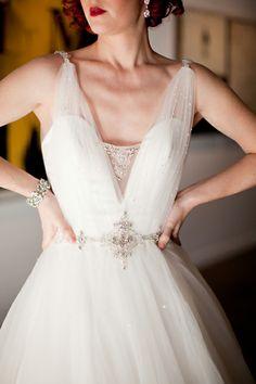 Vintage Bridal Inspiration ~ Vintage Wedding Hair, Makeup & Dress | Capitol Romance ~ Offbeat DC Weddings & DIY Resources