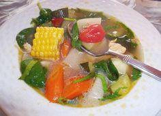 Sopa de Pollo y Vegetales www.hispanickitchen.com