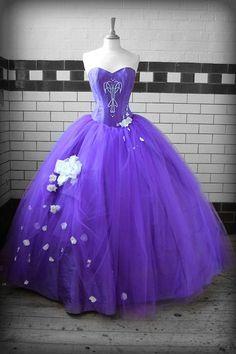 The Dream Wedding Inspirations: Stylish Purple Wedding Dress