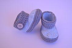 Botas de crochet para bebés  www.babybootsboutique.blogspot.com https://www.facebook.com/babybootsboutique Tienda en etsy: https://www.etsy.com/es/shop/BabyBootsBoutique