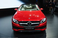 2018 Mercedes-Benz E-Class Coupe removes two doors and comes to Detroit - http://www.bmwblog.com/2017/01/10/2018-mercedes-benz-e-class-coupe-removes-two-doors-comes-detroit/