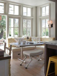 Eckbank weiß landhausstil  esszimmer bank dekokissen ecke leuchter fenster | Einrichten ...