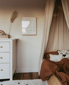 All Details You Need to Know About Home Decoration - Modern Baby Bedroom, Baby Room Decor, One Bedroom, Nursery Room, Girls Bedroom, Star Themed Nursery, Bohemian Chic Home, Baby Room Neutral, Little Girl Rooms