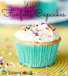 Skinny Funfetti Cupcakes from SixSistersStuff.com.  Save yourself a few calories with this skinny version of one of our favorite cupcakes! #cupcakes #skinny #dessert