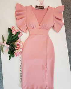 Fofura em forma de vestido! 💗💕💕 . Já disponível em nosso site para compras 👜💕💕 link clicavel na bio 💃💗
