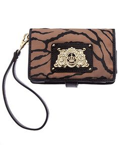 Juicy Couture #iphone #Wristlet