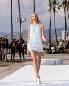 Outfit, Ariana Grande, Lily Pulitzer, Dresses, Queen, Travel, Fashion, Next Top Model, Photo Shoot