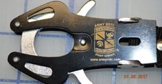 Army ROTC Tiger Hook Lock Carabiner Clip Hiking Climbing Keychain Mountaineering