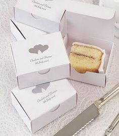 To go boxes for the wedding cake... Such a good idea! Wish I would have saw this before... We had SO much cake leftover!!