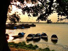 Week Pic Up : Babughat Kolkata Riverfront, Kolkata, West Bengal