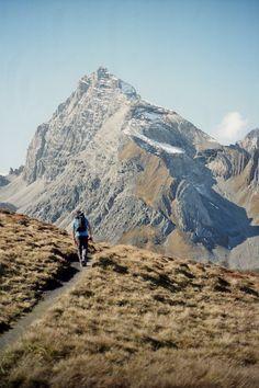 Infórmate en www.prixline.wordpress.com/contacto La naturaleza no es un sitio para visitar. Es mi casa.  — Gary Snyder