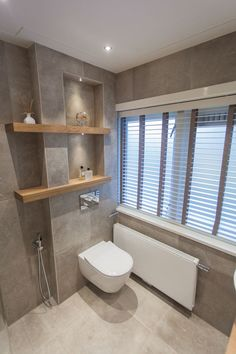 33 best badkamer nis images bathroom bathroom modern home decor rh pinterest com