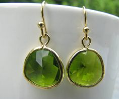 Peridot Earrings, Green, Glass earrings, gold plated ear wires, beach wedding, bridesmaid earrings, bridesmaid earrings, bridal jewellery