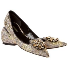 Pre-owned Dolce & Gabbana Flats ($151) ❤ liked on Polyvore featuring shoes, flats, apparel & accessories, special occasion shoes, grey flats, gray flats, dolce gabbana shoes and embellished flats
