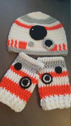 Crochet BB-8 beanie and fingerless gloves set by Yarntastiq