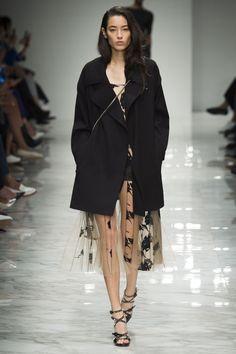Blumarine Spring 2016 Ready-to-Wear Fashion Show - Tiana Tolstoi