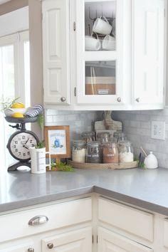 How To Make Kitchen Cabinets, Kitchen Cabinet Layout, Kitchen Drawer Organization, White Kitchen Cabinets, Kitchen Countertops, Household Organization, Organizing Tips, Cleaning Tips, Organization Ideas