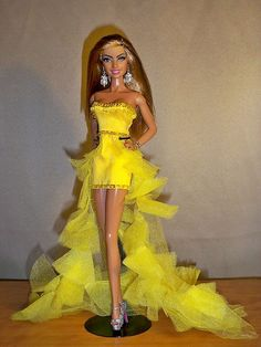 21ad05cc2c65 54 meilleures images du tableau Barbie   Barbie dress, Baby doll ...