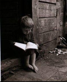 Balys Buračas. 1897-1972  children reading