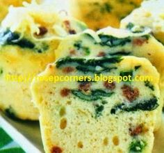 Kue bayam memang memiliki citarasa spesial dan unik serta lembut. http://resepcorners.blogspot.com/2014/04/resep-cara-membuat-kue-bayam-berkeju.html