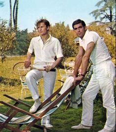 Still of Helmut Berger and Fabio Testi in The Garden of the Finzi-Continis (1970)