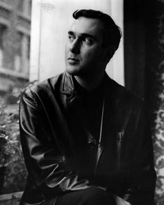 Born in the only son of Jewish immigrants, Pinter grew up in the East End of London Nobel Literature, Drama Education, Theatre Nerds, Writers And Poets, People Of Interest, Book People, World Of Books, Playwright, Interesting Faces