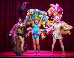 Priscilla Queen of the desert Shall We Dance, Cool Costumes, Fancy Dress, Graham, Harajuku, Musicals, Captain Hat, Deserts, Creative