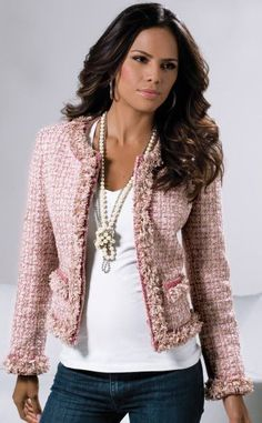 I think Chanel& jacket is the most beautiful jacket a woman can wear. - I think Chanel& jacket is the most beautiful jacket a woman can wear. Casual Outfits, Fashion Outfits, Womens Fashion, Fashion Trends, Bd Fashion, Fashion Ideas, Chanel Style Jacket, Chanel Jacket Trims, Mode Chanel