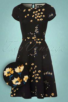 Betty Telouse Dress in Black Vintage Tops, Retro Vintage, Vintage Inspired Dresses, Vintage Dresses, Tartan Dress, Red Carpet Gowns, Got The Look, Retro Dress, Dresses Online